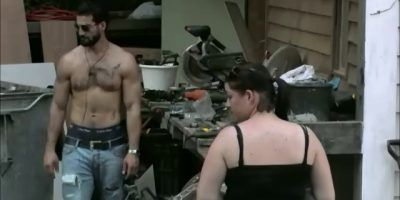 Ivan praat het eindelijk uit met Linda
