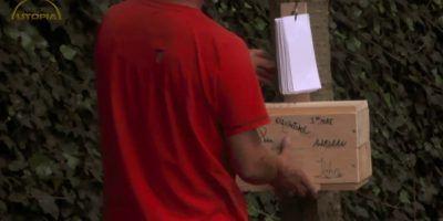 De brievenbus voor gasten met briefjes is af
